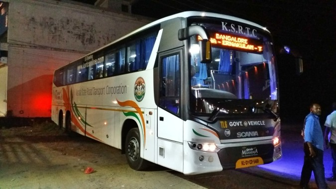 KSRTC Scania on the way to Bangalore (2)