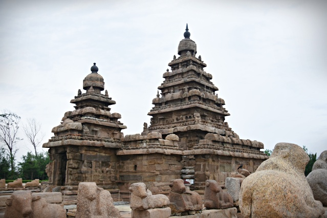 DSC_9144 - A complete view of Shore Temple from south-west side.