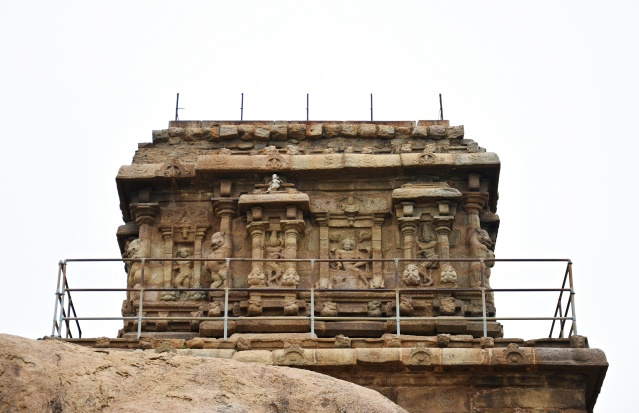 DSC_9328 - Olakkanneswara temple above Mahishasuramardhini rock cut cave temple with a missing superstructure.