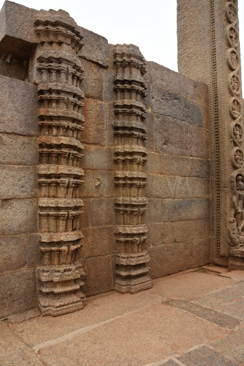 Models of the traditional Vijayanagara style pillars found inside Rayar gopuram.