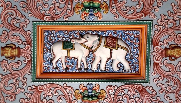 C360_2018-08-29 - Dual perspective painting found in the ceiling of Thanjavur Maharaja Serfoji's Sarasvati Mahal Library. (3)