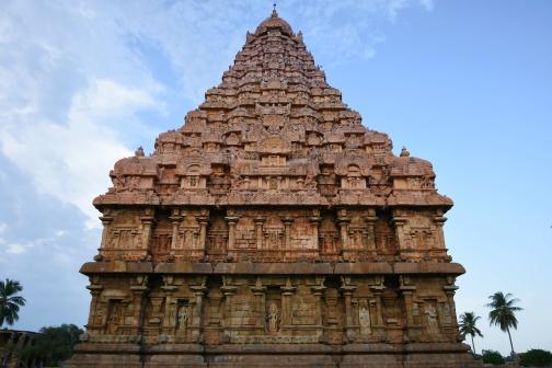 West face of Gangaikondam Brihadisvara temple.