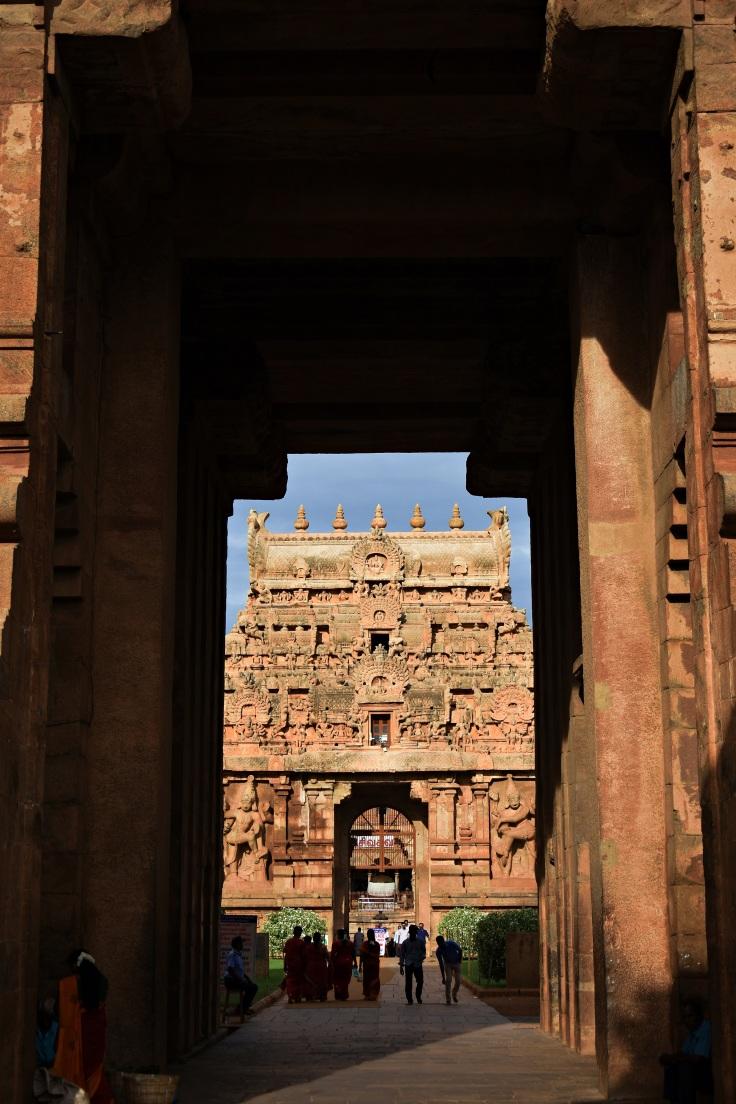 DSC_0139 - View of Rajarajan Gopura (2nd gopura) through the entrance of Keralanthagan.