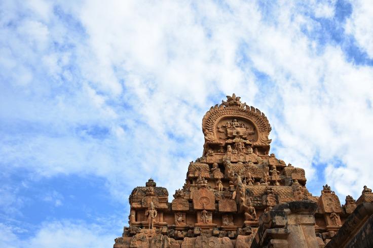 DSC_0205 - Vaulted barrel roof of Rajarajan gopuram - Viewed from SW corner - Numerous Stuccos of Deities are seen.