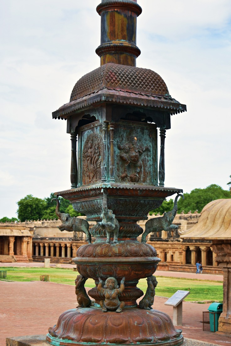 DSC_0304 - Copper made Flag mast of Brihadeeswara - North facing figure is King Rajaraja Cholan I.