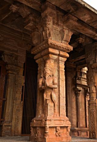 Kinnaras of the Subrahmanya shrine, northwest corner of Brihadeesvara.