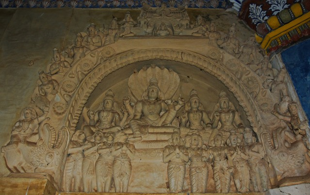 DSC_0432 - Plaster relief of Lord Vishnu with his consorts having a makarathorana - Maratta Durbar hall.