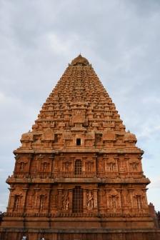 West face of Thanjavur Brihadeesvara temple.