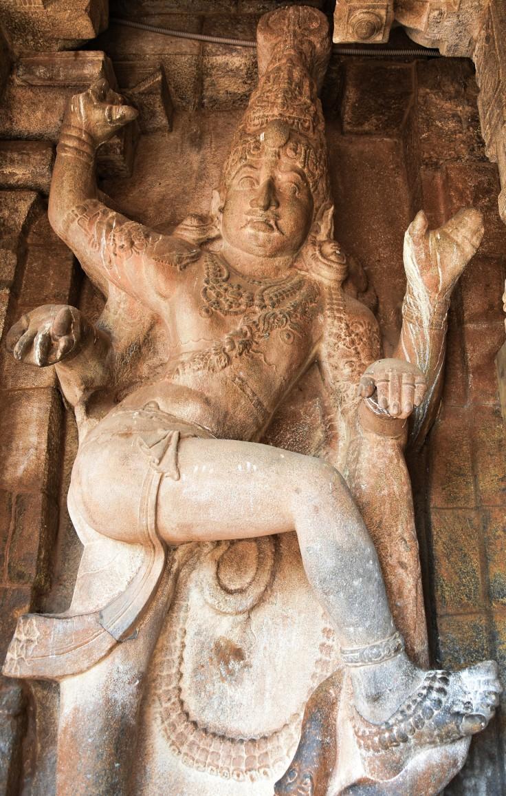 DSC_0719 - 15ft Dvarapalaka on the left side of Great hall entrance from the Mukhamandapa - Brihadheeswara.