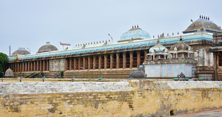 DSC_9788 - 1000 pillared hall - East of Shivagangai sacred pool.