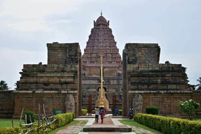 DSC_9832 - East facing Brihadisvara temple, Gangaikonda Cholapuram.