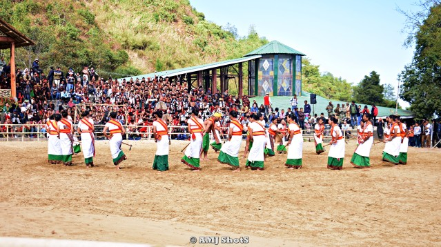 DSC_2033 Kachari performing a folk dance related to Hoeing and Tilling - Kharamjang Bai - Hadubani.
