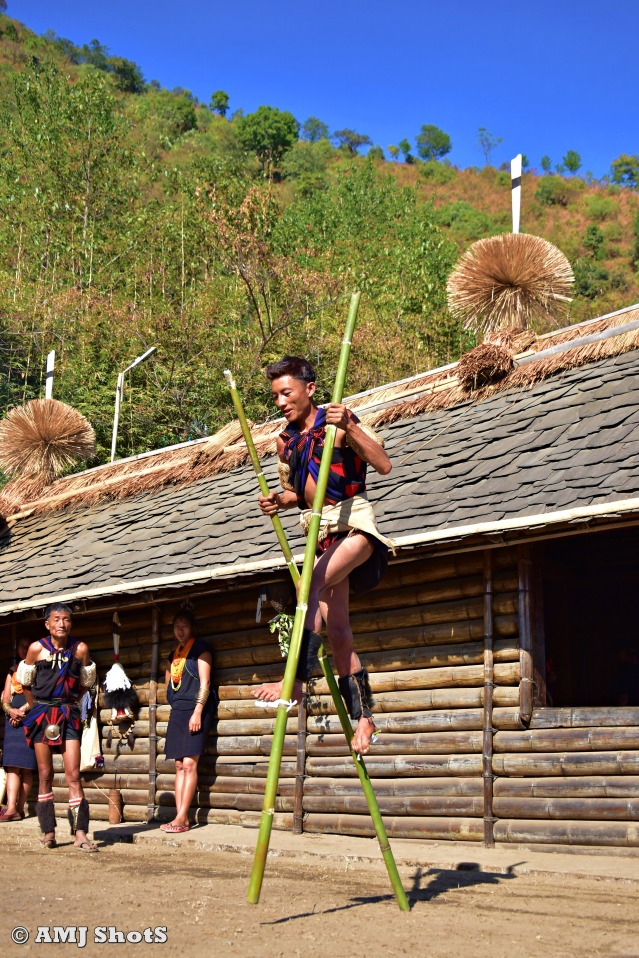 DSC_2401 Khiamniungan tribe practising Bamboo stalk walk.